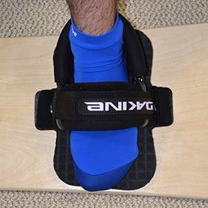 Dakine Proform adjustable foot straps with Duo heel straps.